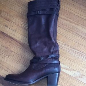 Frye 10m knee high leather pull on